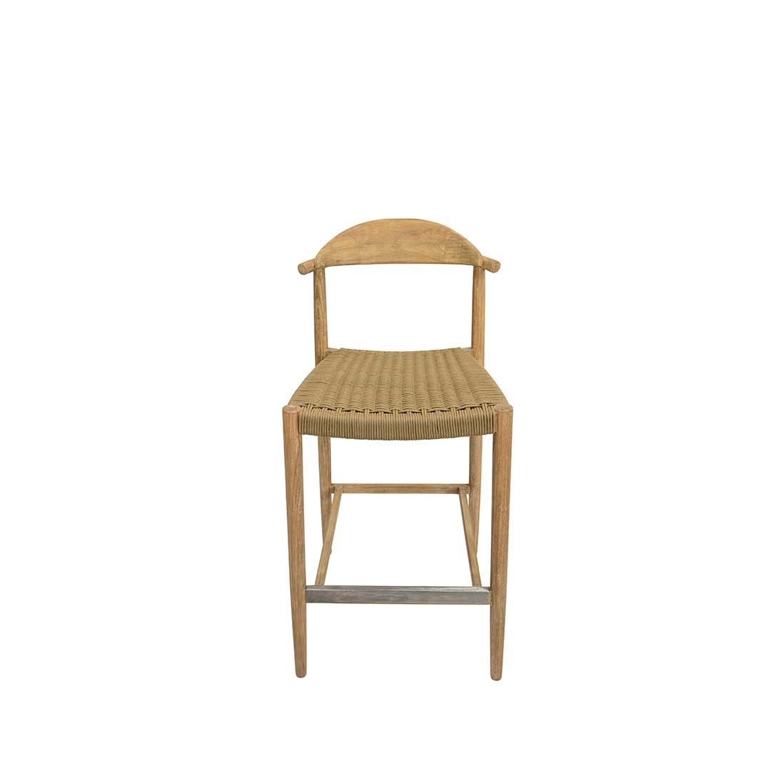 cadeira alta em madeira e corda bege